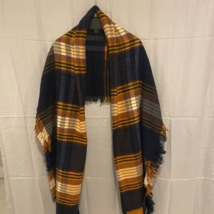 Vince Camuto Shawl- BRAND NEW